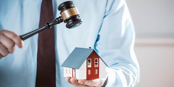 Anwalt fuer Zwangsversteigerung
