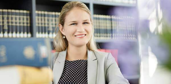 RVR Rechtsanwältin Dr Annika Raaba