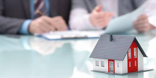 Immobilienrecht Anwalt Beratung